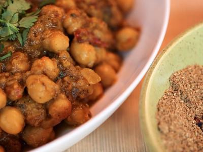 Grind Fresh Garam Masala For Zingiest Indian Curries