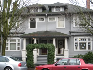 A multi-family homein Portland. The Residential Infill Project aims to promotethe construction of suchhomes.