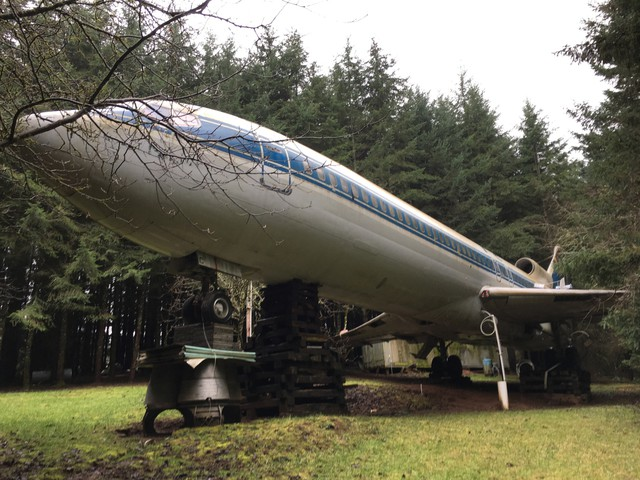 Bruce Campbell's airplane home near Hillsboro, Oregon.