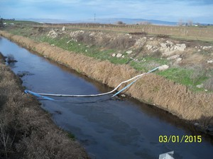 Emergency crews responded to a 1,500 gallon oil spill in Central Washington's Yakima River in early March, 2015.