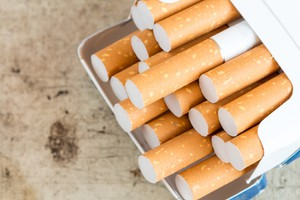 Lane County commissioners voted 3-2 on Tuesday to raise the minimum age for buying or using tobacco to 21, up from 18.