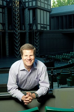 Bill Rauch, artistic director of the Oregon Shakespeare Festival, is leaving his position in August of 2019.